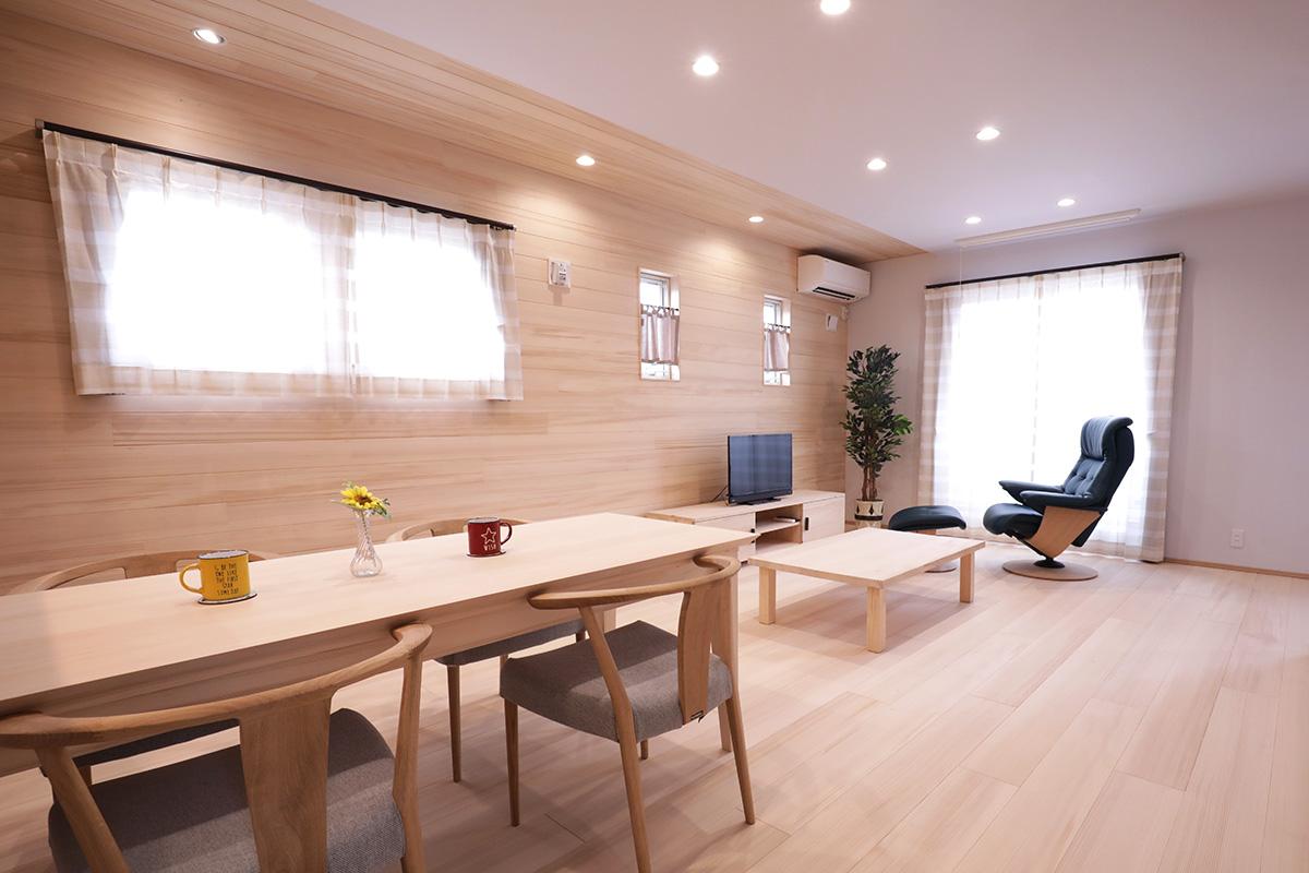 河内長野市にて公開中の2階リビングのもみの木の家モデルハウス